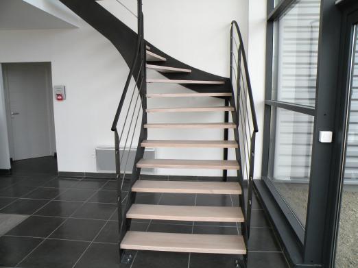 Escaliers atelier des metaux - Peinture marche escalier ...